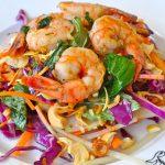 Salade de crevettes colorée